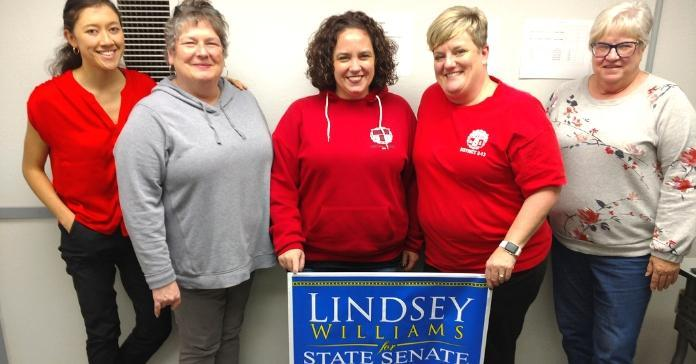 Five CWA Local 13500 members supporing Lindsey Williams in 2018 midterm.